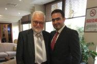 El rico empresario Fares Kutayni, el jefe de la organización, junto a su hijo Humam, odontólogo, que estuvo 10 años preso en Siria.