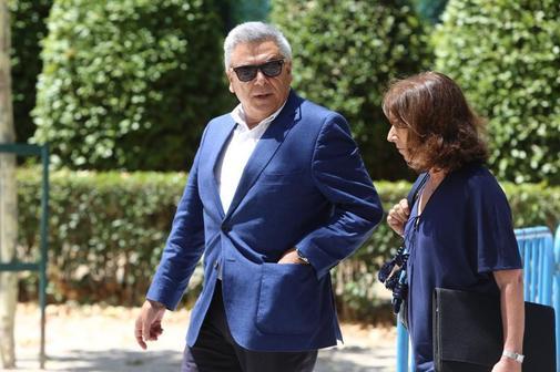 El ex jefe de Seguridad de BBVA, Julio Corrochano, a su salida de la...