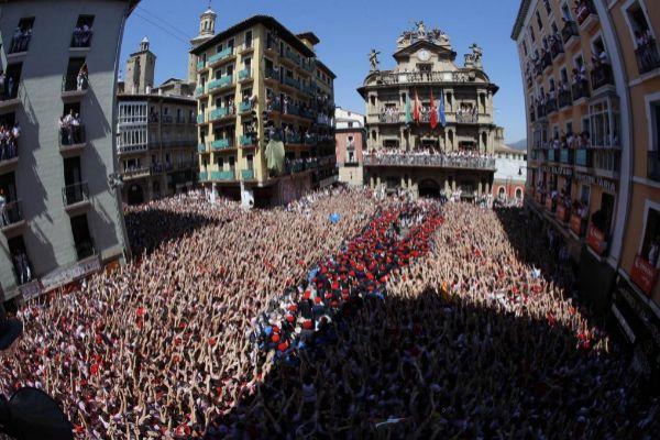 El edil de Pamplona preservar los símbolos forales oficiales