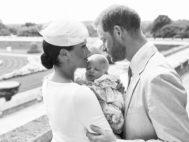 Meghan y Harry el día del bautizo de Archie en el jardín del castillo de Windsor