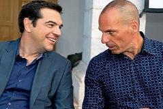 Alexis Tsipras, líder del partido radical Syriza y primer ministro griego y Yanis Varoufakis, entonces ministro de Economía, conversan con complicidad. Tras dos rescates y un referéndum, Tsipras se plegó a las exigencias de austeridad de la 'troika' europea y Varoufakis dimitió. Los dos hombres jamás se volvieron a hablar.