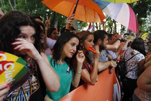 <HIT>Javi</HIT> <HIT>Martinez</HIT>. 6/7/2019. Madrid. Comunidad de Madrid. Manifestacion del Orgullo LGTBI 2019 desde Atocha a la Plaza de Colon de Madrid que ha reunido a miles de personas. Manifestacion Orgullo Gay 2019. Protestas por la presencia de Ciudadanos. Inés Arrimadas, Marcos de Quinto y Miguel Ángel Gutiérrez