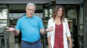 El alcalde de Valencia, Joan Ribó, junto a la portavoz socialista, Sandra Gómez.
