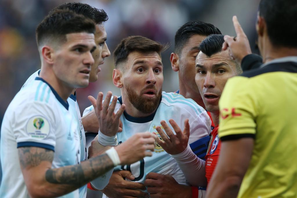 Leo Messi, expulsado en el partido ante Chile.