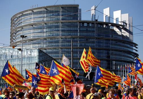 Manifestación independentista frente a la sede del Parlamento Europeo...