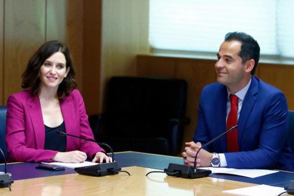Díaz Ayuso y Aguado, en una de las reuniones que han mantenido.