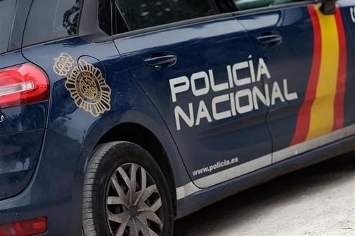 Una imagen de archivo de una patrulla de la Policía Nacional.