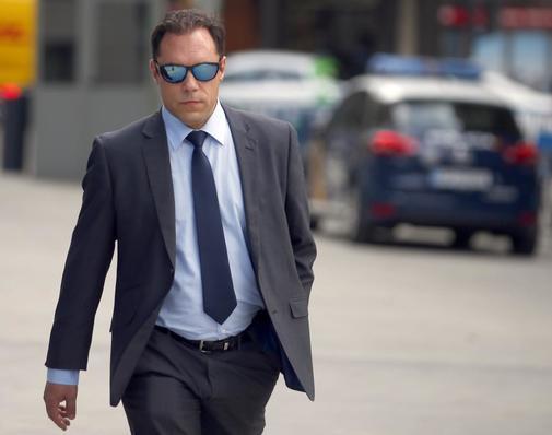 José Manuel Villarejo Gil, hijo del comisario jubilado José Manuel Villarejo, a su llegada, este lunes, a la Audiencia Nacional.