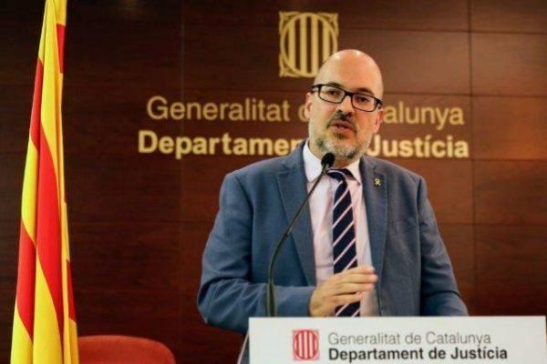 El secretario de Relaciones con la Administración de Justicia, Joan Abad,