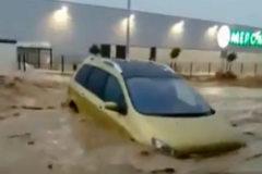 Inundaciones, cortes de tráfico y los toros suspendidos por las lluvias torrenciales