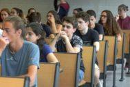 Alumnos en un aula de la UIB el primer día de selectividad en la convocatoria de junio de este año.