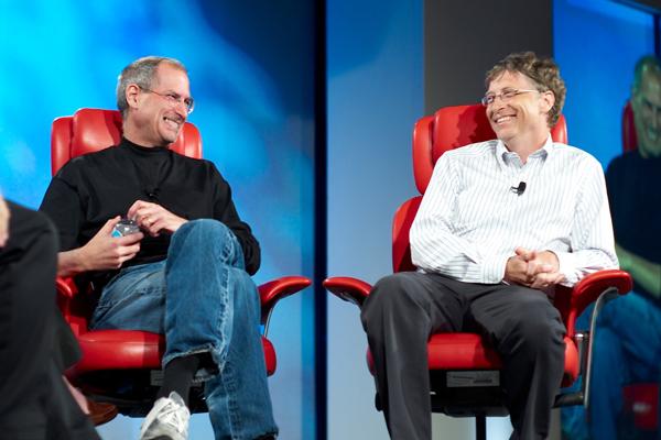 Steve Jobs y Bill Gates en una entrevista conjunta en el año 2007