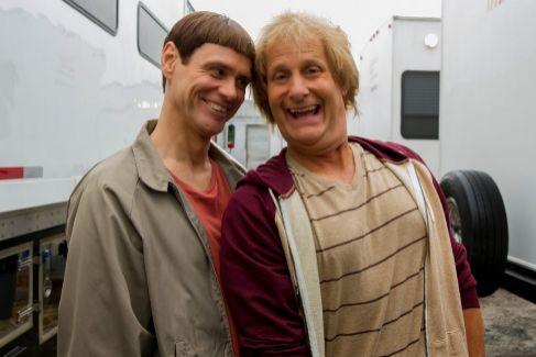 Los actores Jim Carrey y Jeff Daniels, protagonistas de 'Dos tontos muy tontos'.