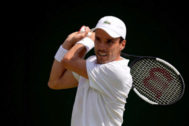 Wimbledon (United Kingdom).- Roberto <HIT>Bautista</HIT> Agut of Spain in action against Steve Darcis of Belgium in their second round match during the Wimbledon Championships at the All England Lawn Tennis Club, in London, Britain, 03 July 2019. (Tenis, Bélgica, España, Reino Unido, Londres) EPA/ EDITORIAL USE ONLY/NO COMMERCIAL SALES
