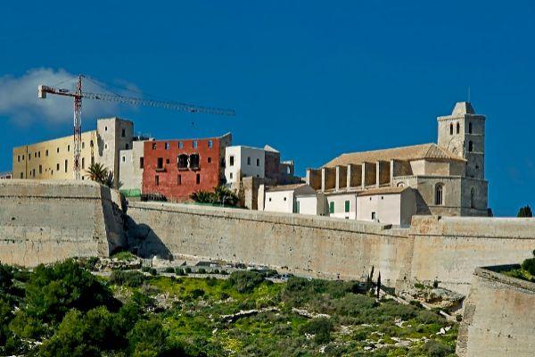 El nuevo Parador Nacional de Ibiza estará acabado en 2021.