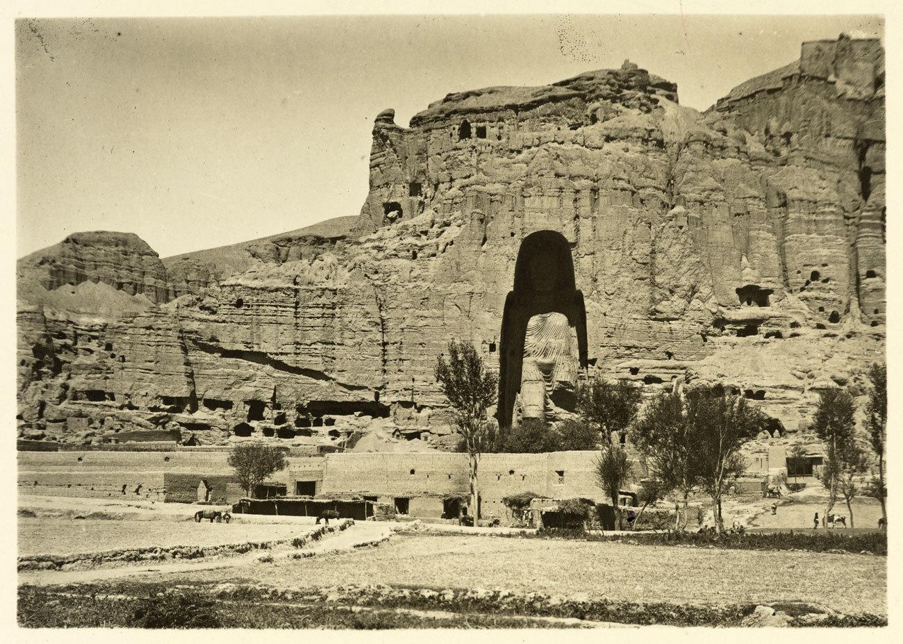 Hace 1.500 años el valle de Bamiyán, en el corazón de Afganistán,...