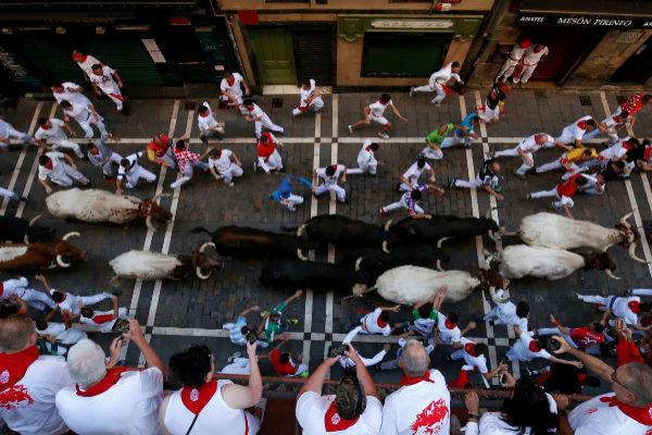 Ni un solo corredor delante de los toros en el encierro de Jandilla.