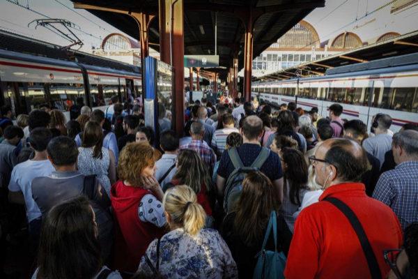 Cercanías en Atocha linea c3 en hora punta