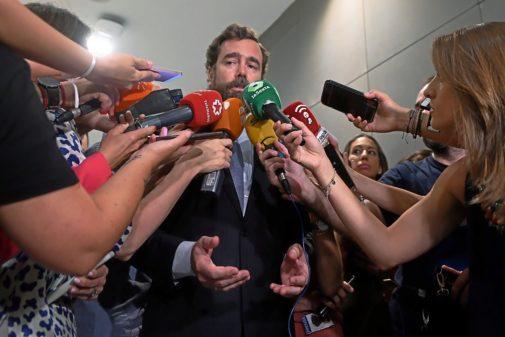 Iván Espinosa de los Monteros atiende a los medios