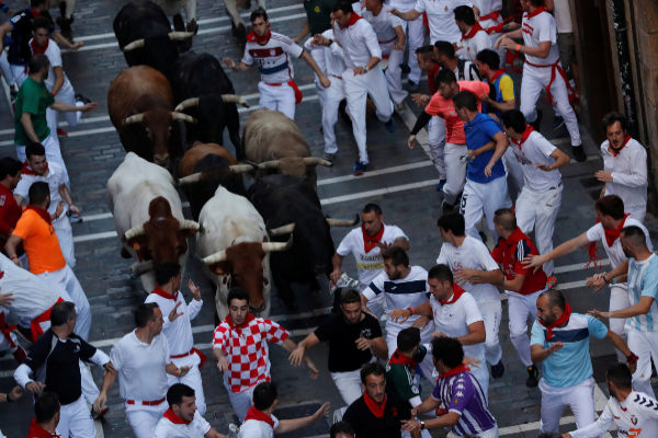 Sexto encierro de San Fermín:  la carrera más emocionante deja un corneado