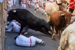 San Fermín:  la carrera más espectacular deja un corneado