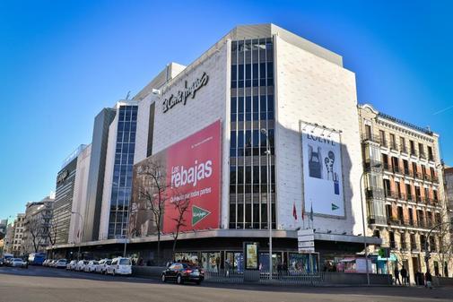 Centro de El Corte Inglés en la Calle Princesa de Madrid.