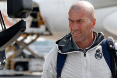 Zidane deja la concentración del Real Madrid en Montreal por motivos familiares