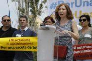 Protesta frente al instituto de Sant Andreu de la Barca.