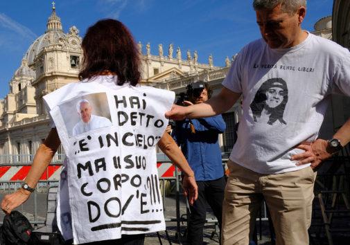 La desaparición de Emanuela Orlandi representa uno de los grandes enigmas italianos, enclavado en los años de plomo en los que hasta el Estado estaba podrido. Cada cierto tiempo, un soplo malintencionado reaviva la búsqueda y, al no llevar a nada, aumenta la frustración de la familia. Volvió a ocurrir esta semana.