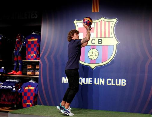 FC Barcelona photocall for new signing Antoine <HIT>Griezmann</HIT>