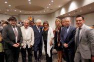 La alcaldesa de L'Hospitalet de Llobregat, <HIT>Núria</HIT> <HIT>Marín</HIT> (c) junto a los diputados provinciales del JxCat, Ferran Mascarell (i) y Neus Munté (d) al finalizar el acto de constitución de la Diputación de Barcelona donde ha sido escogida sin sorpresas este jueves presidenta de la institución provincial gracias al pacto entre PSC y JxCat, que se ha mantenido pese a las presiones de ERC.