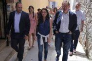 Los vicepresidentes Dalmau y Oltra junto al presidente Ximo Puig, ayer, en Montanejos.