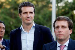 Pablo Casado con José Luis Martínez-Almeida.