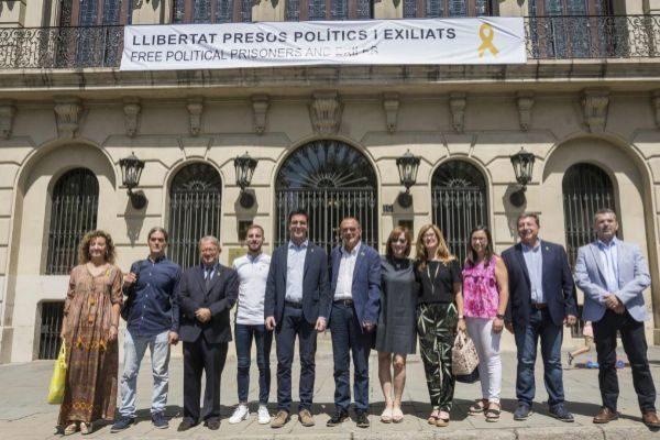 01.07.2019. El alcalde de Lleida, Miquel <HIT>Pueyo</HIT> (6i), junto...