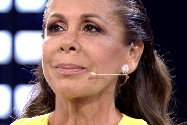 Isabel Pantoja en Supervivientes: Conexión Honduras en Telecinco, donde confesó que Juan Gabriel le pidió matrimonio