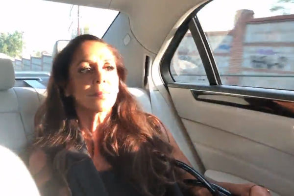 Isabel Pantoja fue criticada por no llevar puesto el cinturón de seguridad de camino al plató de Supervivientes: Conexión Honduras en Telecinco
