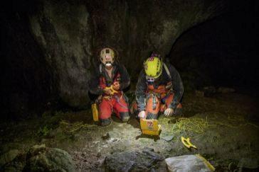"""Las tres espeleólogas rescatadas en la cueva """"no conocían bien el terreno y se agotaron"""""""