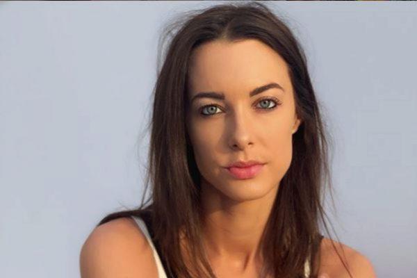 La 'youtuber' británica Emily Hartridge.