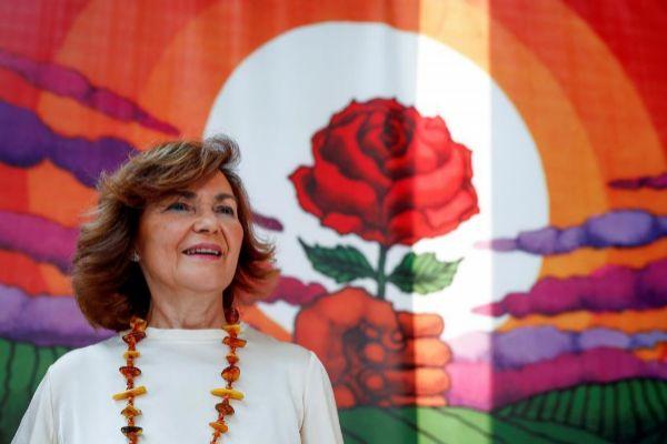 El plan sectario de Carmen Calvo