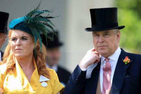 El príncipe Andrew junto a Sarah Ferguson