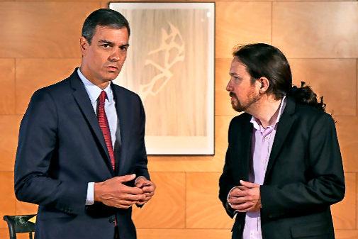 Pedro Sánchez y Pablo Iglesias, durante su reunión en el Congreso