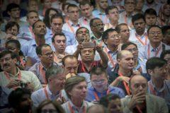 Matemáticos de todo el mundo acudieron ayer al congreso ICIAM inaugurado ayer en Valencia.