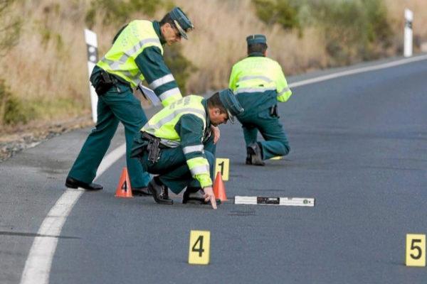 Equipos de investigación de accidentes de tráfico.