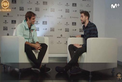David Broncano durante su entrevista a Federer en La Resistencia