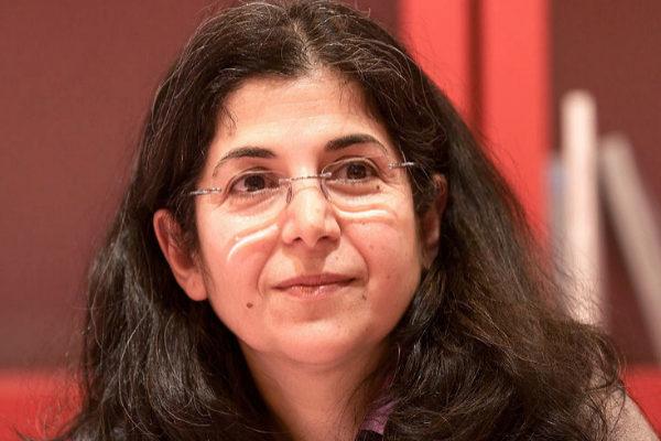 Fariba Adeljah fue detenida cuando visitaba a su madre.