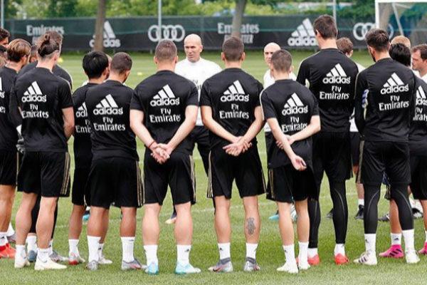 Zidane, antes de un entrenamiento en Montreal.