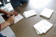 Papeletas usadas para el referéndum ilegal del 1-O,