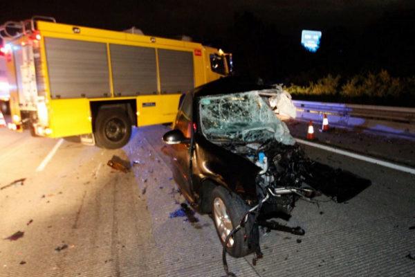 Estado en que ha quedado el vehículo del conductor suicida. J. Pañeda