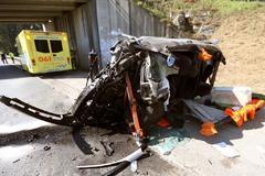 GRAF2662. VIGO.- El conductor de un turismo ha sido liberado por los bomberos del Baixo Miño al quedar atrapado tras sufrir un <HIT>accidente</HIT> de <HIT>tráfico</HIT> en Salceda de Caselas, informaron fuentes del 112. El <HIT>accidente</HIT> tuvo lugar sobre las 10.15 horas en la carretera PO-510, a la altura del kilómetro 7, donde el vehículo siniestrado se salió de la vía, chocó contra un talud de tierra y quedó volcado lateralmente.