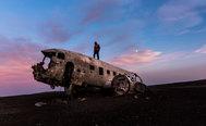 El avión fantasma que se estrelló en Islandia y triunfa en las redes sociales